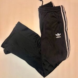 Adidas Womens track pants loose fit